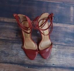 Sandália de Salto vermelha