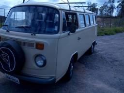 Título do anúncio: VW Kombi 89 1.6 restaurada