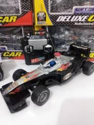 Carrinho Fórmula 1 com controle remoto