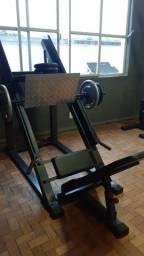 Studio de musculação completo