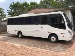Micro onibus 32 lugares