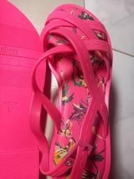 Vendo sandália melissa original TM 38