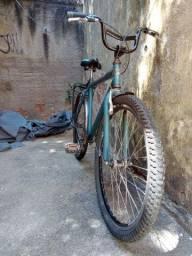 Bicicleta completa e pronta para o uso