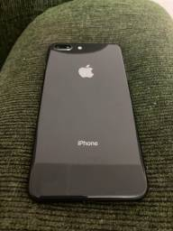 iPhone 8 Plus 64 gb em estado de zero
