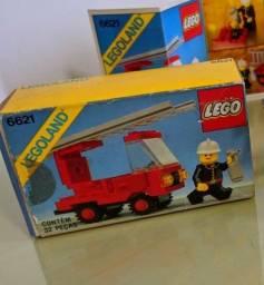Lego Bombeiro 32 peças impecável