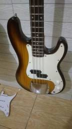 Baixo jazz bass