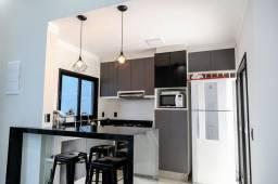 Casa com 02 dorm e suite em condomínio Fechado de Indaiatuba SP