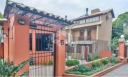 Casa para alugar com 3 dormitórios em , cod:I-026479