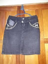 Desapegando saia jeans 36/38 forma pequena