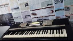 Teclado Yamaha Psr740