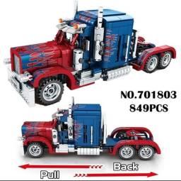 Petorbilt Truck, 849 peças. Blocos tipo Lego Technic