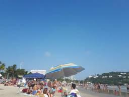 Com AR e Wi-fi 5 pessoas 2 quadras da praia da Enseada Guarujá seguro