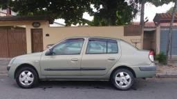 Renawlt Clio Sedã