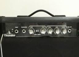 Amplificador P/ Guitarra Thunder 15w Distorção Out Nca (bivolt)