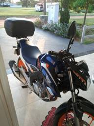 Moto Twister 2020