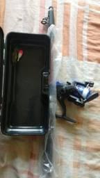 Título do anúncio: Vara telescópica com molinete e maleta organizadora / tudo sem uso