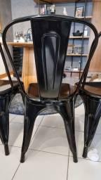 Título do anúncio: Vendo cadeira ferro tolix preta