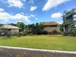 Casa com 3 dormitórios, sendo três suítes, 436 m² à venda, por R$ 2.400.000 - Condomínio E