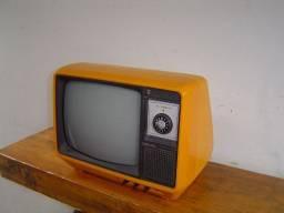 Televisores antigos para decoração (não funcionam) R$ 140,00 cada