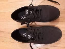Tenis Qix preto tamanho 41 novo