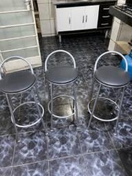 Cadeiras banquetas