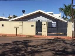 8428 | Casa à venda com 3 quartos em Jardim Ernesto Trolezzi, Mnadaguari