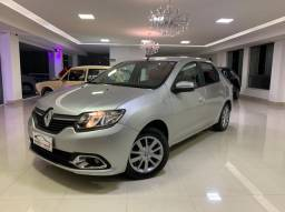 Renault Logan 2014  / 1.0 manual flex