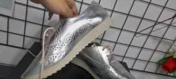 Sapato Oxford metalizado feminino