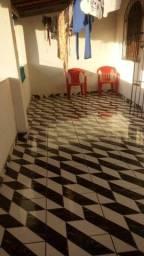 Título do anúncio: Casa na Ilha  -  Gameleira , 1° andar , 2/4 , 2 salas , 2 banheiros
