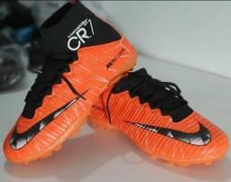 Chuteira Nike Laranja
