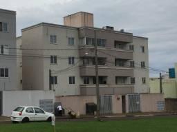Aluga-se apartamento no Bairro Fag - excelente localização, baixo valor de condomínio