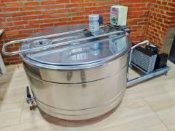 Título do anúncio:  Resfriador de Leite Tanque  Agranel Inox Circular 500 Litros