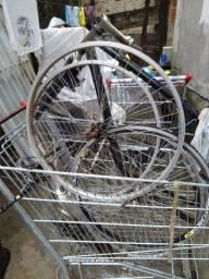 Vendo quadro de bicicleta e aros