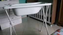 Banheira de bebê com  Suporte Branca