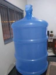 Garrafão de água mineral