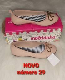 Sapatos novos 29