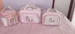 Título do anúncio: Conjunto de bolsas maternidade mappyng 200  valor negociavel