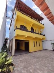 Título do anúncio: Casa para venda em Itapuã 236m², 4/4 4 vagas de garagem