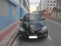 Toyota Etios SD Platinum 1.5 Flex 16V 4P Automático