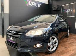 Focus Sedan SE 2.0 PowerShift com Pneus Novos