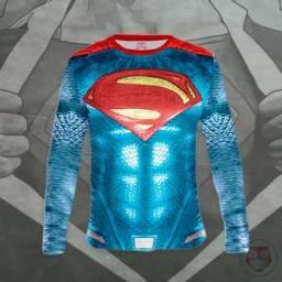 Camisa com proteção UV - Super heróis