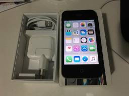 Apple iPhone 4s 8GB Preto