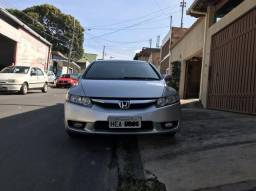 New Civic LXS 1.8 Manual - R$ 30.600,00 - 2007