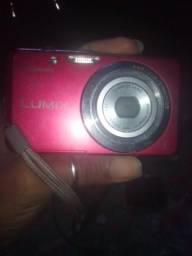 Vende-se uma câmera digital Panasonic não faço entrega