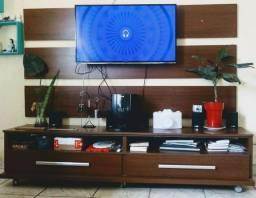 RACK DE TV COM PAINEL DE TV