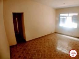 Casa - VILA ROSALI - R$ 850,00