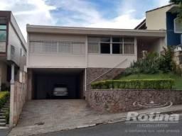 Casa à venda, 7 quartos, 4 vagas, Lídice - Uberlândia/MG