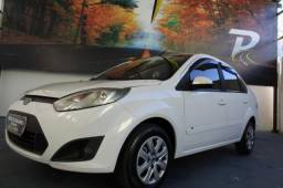 FORD FIESTA 1.6 ROCAM SEDAN 8V FLEX 4P MANUAL.