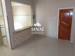 Apartamento - PARADA DE LUCAS - R$ 900,00
