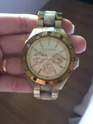 Relógio usado da Technos